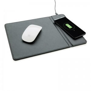 Tappetino-mouse-con-ricarica-wireless_P308.941__b_1.jpg