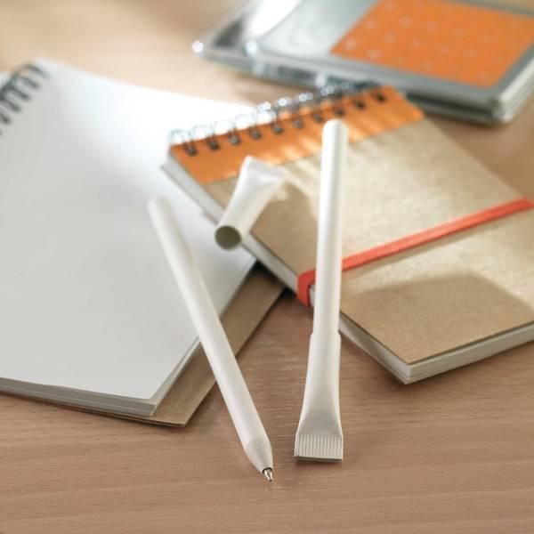 penna in carta riciclata