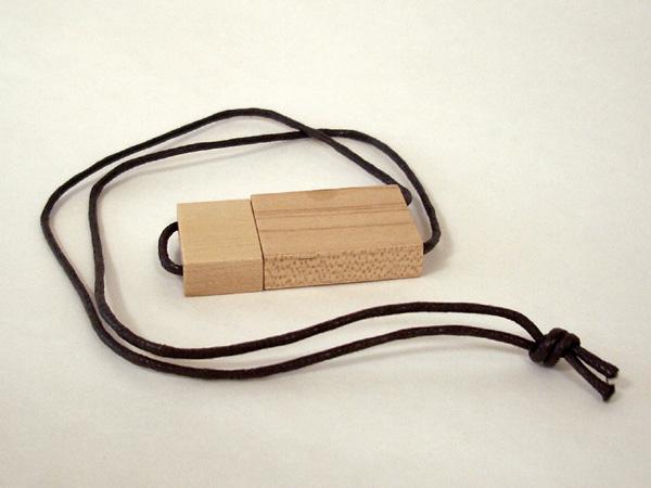 Chiave USB Legno con laccio