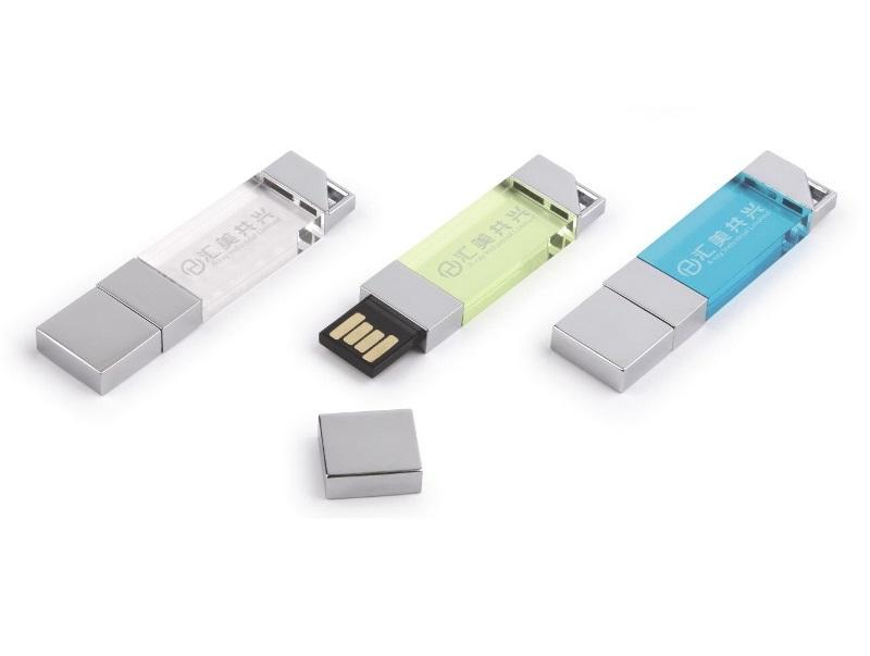 Chiave USB in metallo con inserto in plexiglass